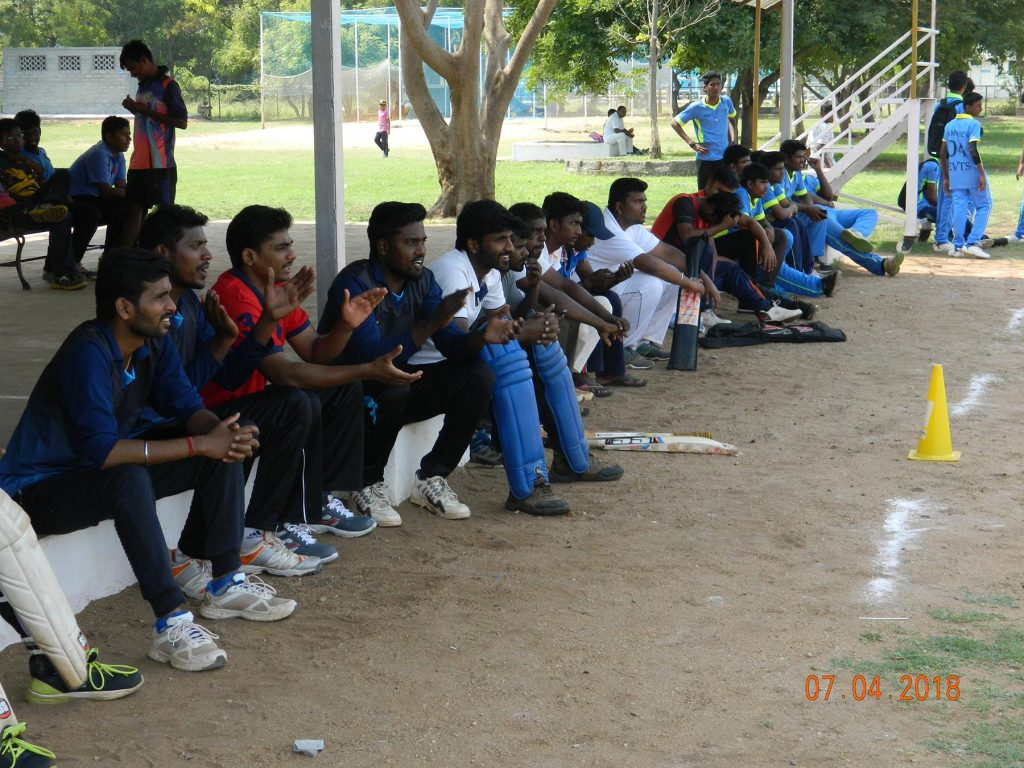 """Audience and players cheering the teams on the 1stday of EECT F15-T25 SEASON I """"SWEET SUMMER-2018""""."""